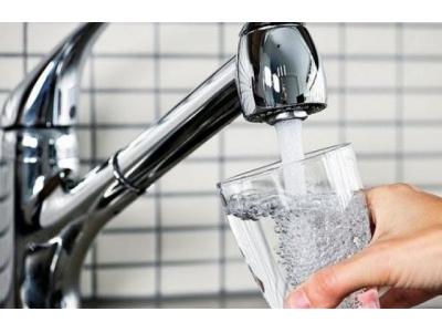 От чешмяната вода се приемат от 15 до 20% от препоръчителната дневна доза калций